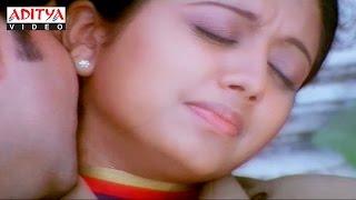 getlinkyoutube.com-Ravi Teja and Gopika Best Romantic Love Scene in  Thokar Hindi Full Movie