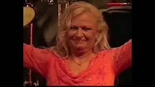 getlinkyoutube.com-Mississipi (Golden Memories Tour Fiji) - Toni Wille (Feat. the voice of Pussycat)