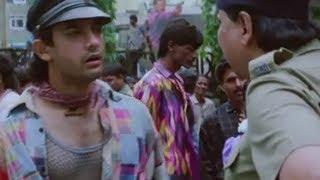 Aamir Khan caught selling movie tickets in black - Rangeela