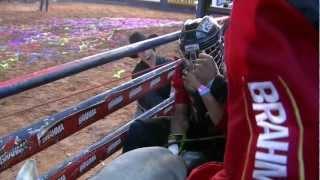 getlinkyoutube.com-Final Brahma Super Bull PBR  2012 - Montaria dos Finalistas