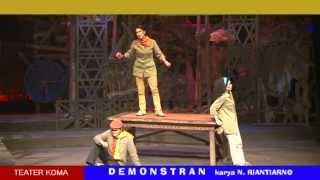 "getlinkyoutube.com-Teater Koma ""DEMONSTRAN"""