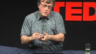 getlinkyoutube.com-[TED] レナート・グリーン 「捻りのきいたクローズアップ・カードマジック」