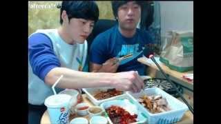 getlinkyoutube.com-[아프리카tv] 카트라이더 김택환 범프리카님과 족발먹방 Mukbang(Eating show)