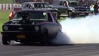 getlinkyoutube.com-Epic Powerskids and burnouts  - 13 minute GM Holden compilation - Commodores and Toranas Powercruise