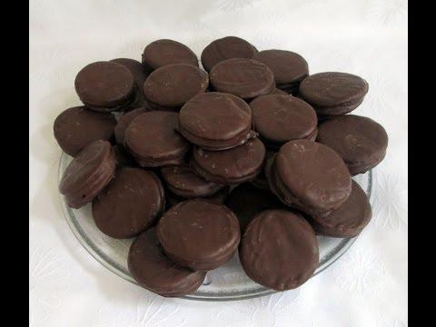 RECETA: ALFAJORES DE CHOCOLATE CASEROS