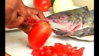 getlinkyoutube.com-Comment Manger comme chez nous avec Estelle Yessoh: Recette de Kedjenou de Machoiron