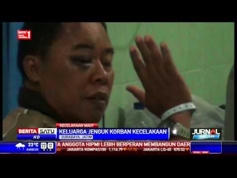 Anggota TNI AL Korban Kecelakaan Maut Dijenguk Keluarga