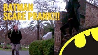 getlinkyoutube.com-BATMAN SCARE PRANK