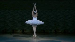 getlinkyoutube.com-Uliana Lopatkina - Dying swan