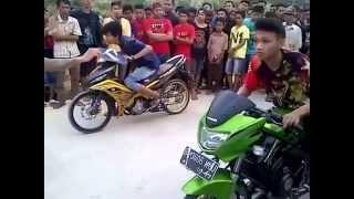 getlinkyoutube.com-Balap Liar Motor Ninja vs Yamaha MX - DRAG RACE INDONESIA (2015)