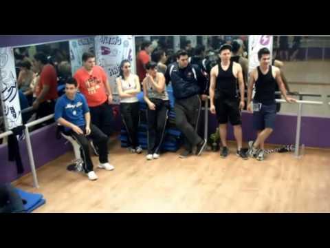 La academia: Bailando música brasilera
