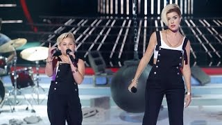 getlinkyoutube.com-Roko y Carla imitan a Miley Cyrus en Tu cara me suena Mini