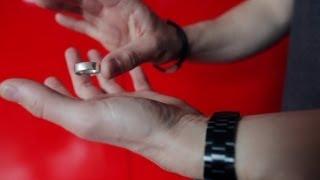 getlinkyoutube.com-شرح خدعة الساحر كريس أنجيل بالخاتم