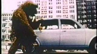 getlinkyoutube.com-VW Volkswagen 411 King Kong Commercial