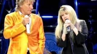 getlinkyoutube.com-Stevie Nicks & Rod Stewart - Young Turks/Leather and Lace - 04-05-2011
