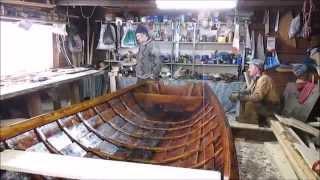 Юшкозерские ремесла.Смоление лодки.