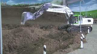 getlinkyoutube.com-RC EXCAVATOR NEW LIEBHERR 956 WITH SOUND DIGGING - PREMACON