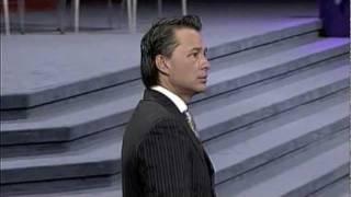 getlinkyoutube.com-Lo que debilita fortalece - Pastor Cash Luna