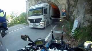 getlinkyoutube.com-LKWs und kleine Passstraßen