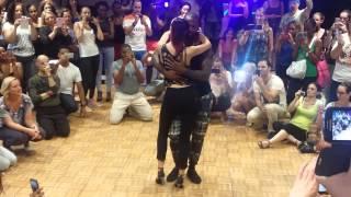 getlinkyoutube.com-Kizomba Sensual 2014 - Tony Pirata Tarraxinha
