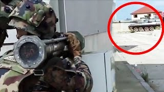 getlinkyoutube.com-US Marines & French Army Use Famas Assault Rifles In Heavy Urban Combat Firefight Simulation
