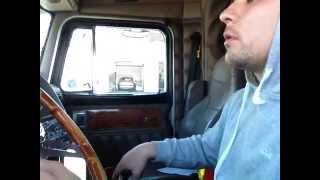 getlinkyoutube.com-How to Drive a 18 Speed Big Rig Stick Peterbilt 379 Worked