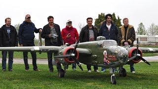 getlinkyoutube.com-20ft. B-25 Mitchel 2x400cc Moki - Maiden