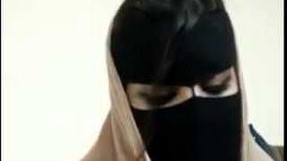getlinkyoutube.com-سيدة سعودية تعترض على ال سعود - نشرة الجنادرية