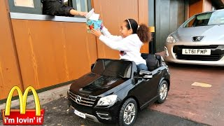 getlinkyoutube.com-Bad Kids Driving Power Wheels Ride On Car - McDonalds Drive Thru Prank!