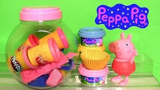 getlinkyoutube.com-Play Doh Peppa Pig Cupcake Maker NEW Dough Candy Container Playset by Fun Toys Collector
