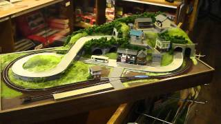 getlinkyoutube.com-80X40cm N scale layout with bus and train PART 2