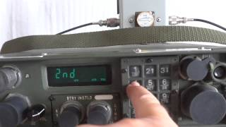 getlinkyoutube.com-Military radio RT-1511/GRC 215 man pack and vehicular HF SSB transceiver