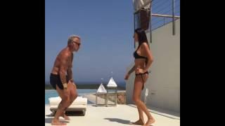 getlinkyoutube.com-Gianluca Vacchi. Ricky Martin La Mordidita dancing