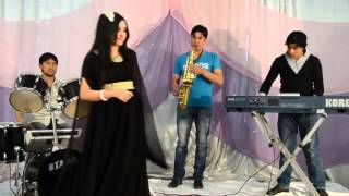 getlinkyoutube.com-Pashto New Singer song  Dunya Ghazal - تانه شم قربان ياره 2013