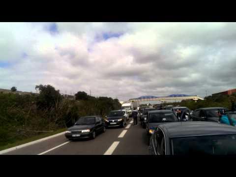 مطاردة سيارة بالطريق السيار