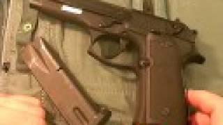 getlinkyoutube.com-Beretta M9/Model 92 pistol:  Gargantuan 9mm, Part 2