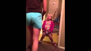 getlinkyoutube.com-Super baby girl tries to pee like a boy