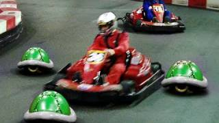 getlinkyoutube.com-Real Life Mario Kart!