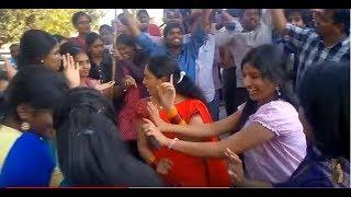 getlinkyoutube.com-Racha Ramulamma and Anchors Dance at V6 office after Telangana Bill Has been Approved