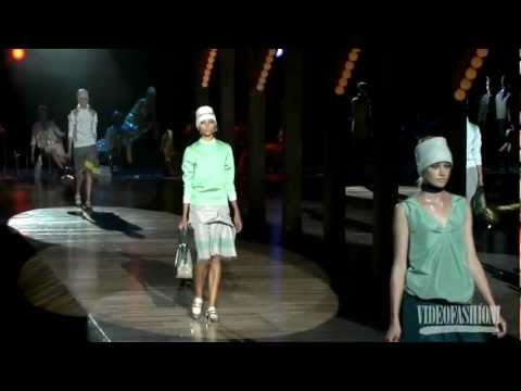 Marc Jacobs - S/S 2012 - Videofashion