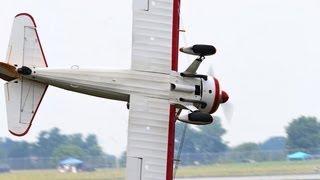 getlinkyoutube.com-Wing walker, pilot die in crash at Ohio air show