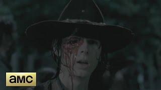 getlinkyoutube.com-The Walking Dead 6x09 - Carl Loses His Eye Scene