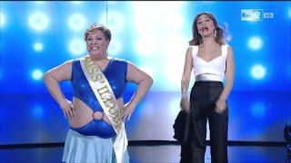 getlinkyoutube.com-Rosaria Miele / Miss'Illude - Made in Sud 12/04/2016