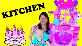 getlinkyoutube.com-GIANT PLAY KITCHEN Cook N Learn with Chef Eli Minnie Mouse Surprise Kitchen Food Cooking Cake