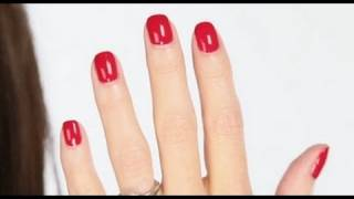 getlinkyoutube.com-Lisa Eldridge - Shellac Nails Tutorial