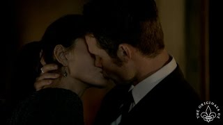 getlinkyoutube.com-The Originals All Elijah & Hayley Kisses Season 1 - 3 (Haylijah)