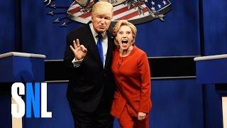 getlinkyoutube.com-Donald Trump vs. Hillary Clinton Debate Cold Open - SNL