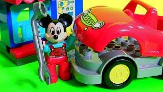 getlinkyoutube.com-LEGO DUPLO Mickey's Workshop 10829 Cars Mechanic from Disney Mickey Mouse Clubhouse