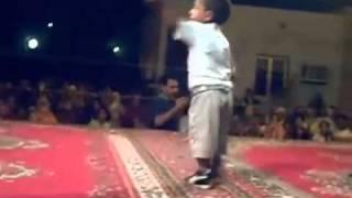 getlinkyoutube.com-طفل جزائري موهوب في الرقص