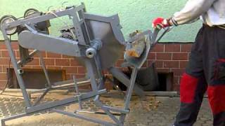getlinkyoutube.com-Cutting firewood with circular saw